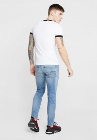 G-Star - REVEND SKINNY - Jeansy Skinny Fit - light indigo aged - 2