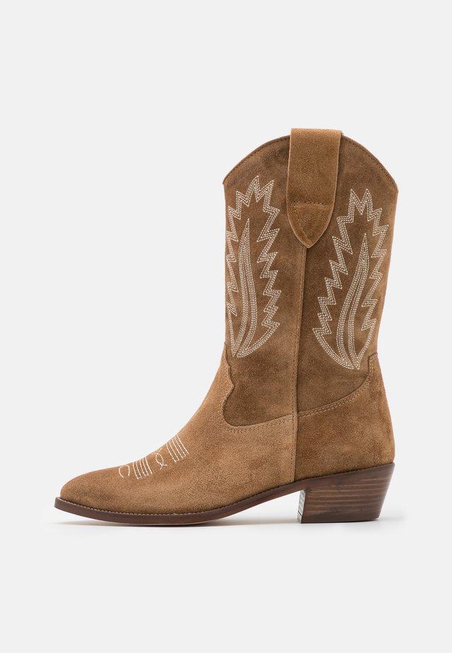 ROSE - Cowboy/Biker boots - cognac