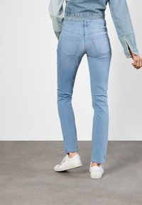 MAC Jeans - DREAM  - Straight leg jeans - blue - 1