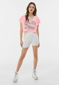Bershka - Print T-shirt - pink - 1