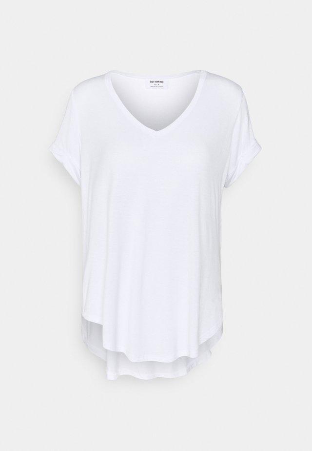 KARLY SHORT SLEEVE - Basic T-shirt - white
