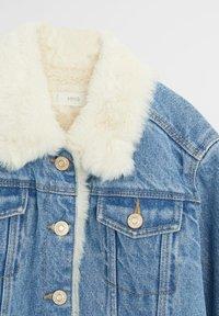 Mango - LISA - Veste en jean - middenblauw - 2
