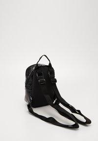 adidas Originals - MINI - Rucksack - black - 3