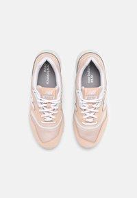 New Balance - CW997 - Zapatillas - pink/white - 4