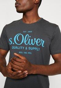 s.Oliver - Print T-shirt - volcano - 4
