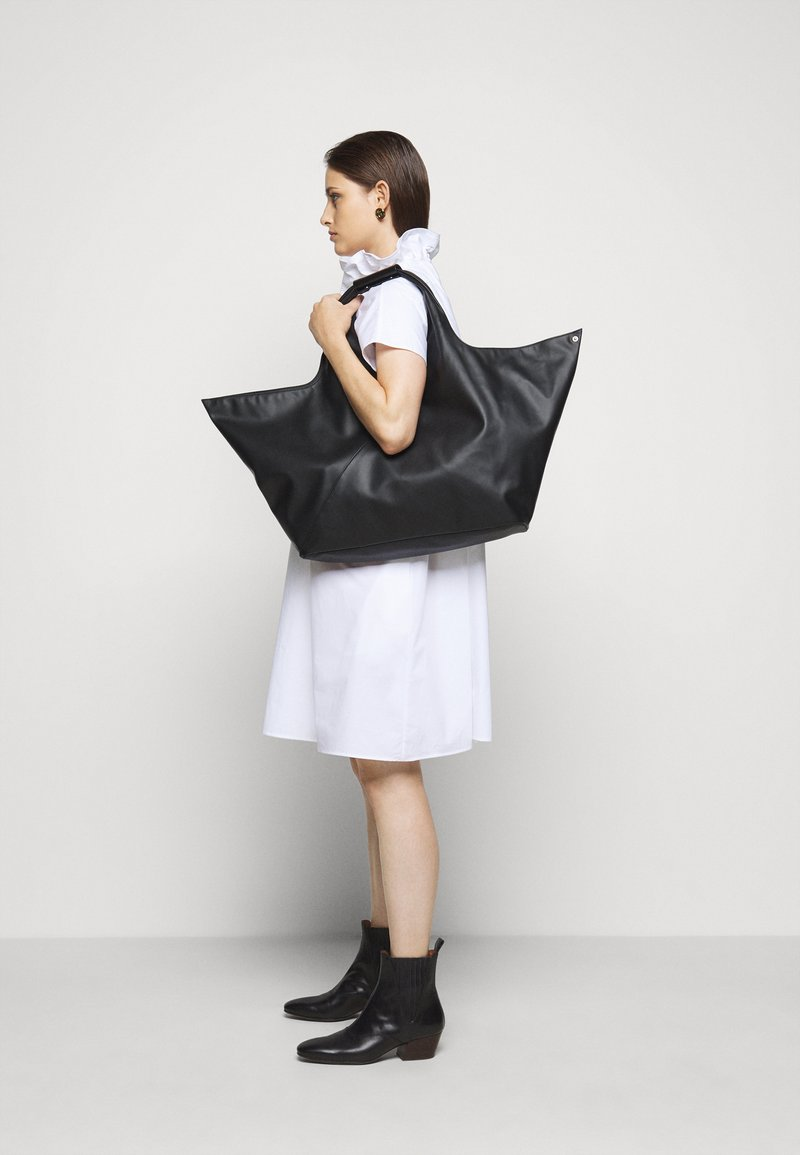 MM6 Maison Margiela - Shopping bag - black