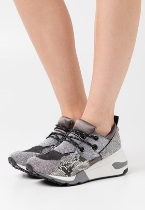 CLIFF - Joggesko - pewter/multicolor