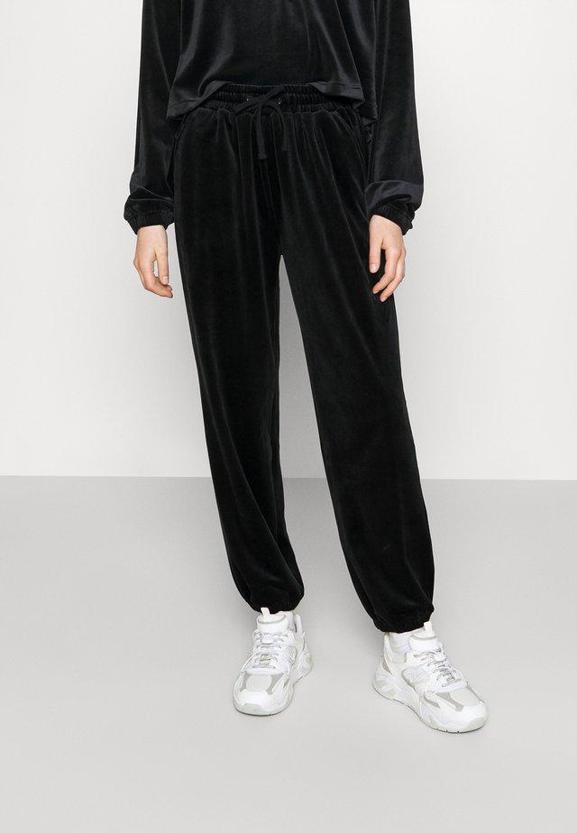 FRANCES PANTS - Pantalon classique - black
