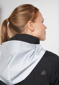 Didriksons - KIM WOMENS JACKET - Winter jacket - black - 9