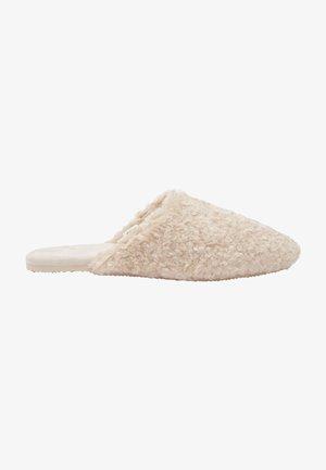 Slippers - light brown