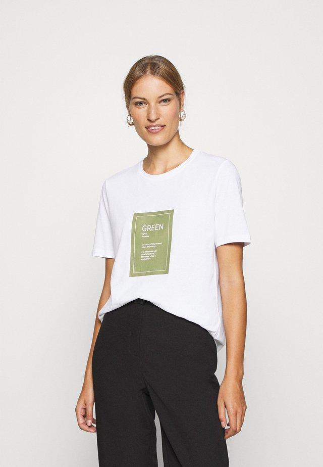 ALVA PRINT TEE - Print T-shirt - white/green