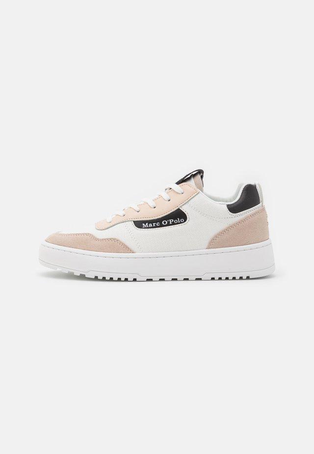CARLA 3D - Sneakers laag - white/black