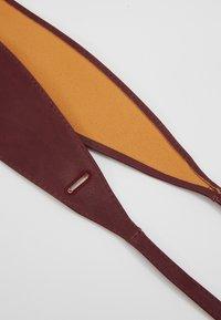 NAF NAF - SKIMONO - Waist belt - burgundy - 3