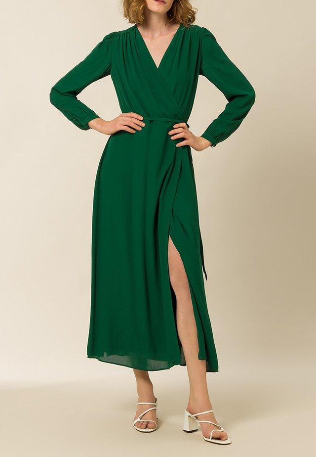 LIME - Maxi-jurk - eden green