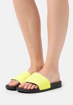 BELIZE  - Sandalias planas - neon yellow