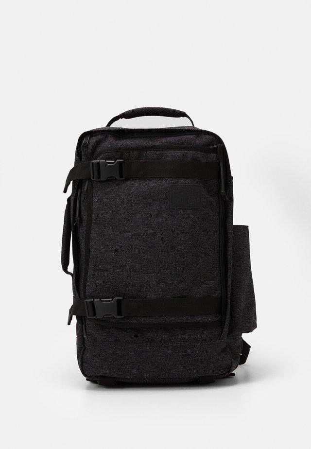 TRAVEL BAG - Sac de sport - regular black