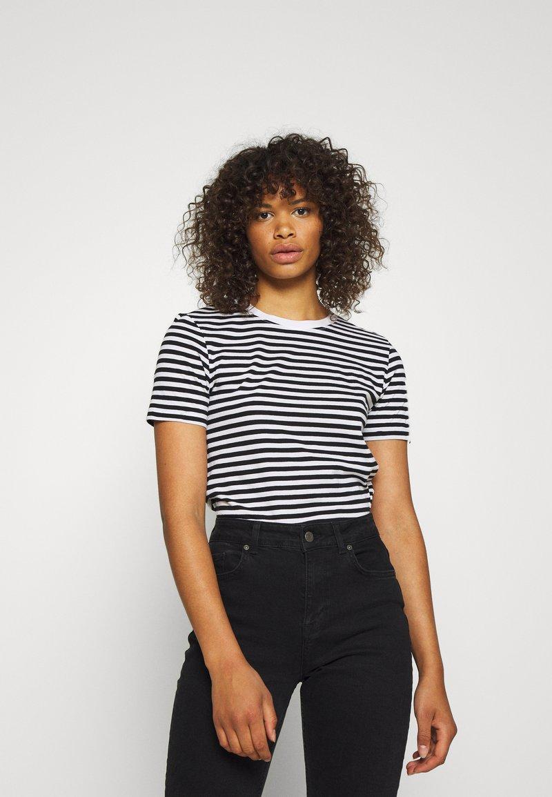 Even&Odd Tall - Print T-shirt - black/white