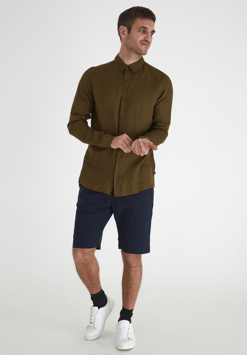 Tailored Originals - Camisa - dark olive
