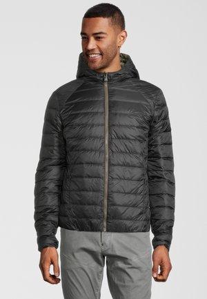 DELTA - Gewatteerde jas - noir / army