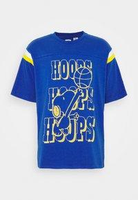 hoops snoopy surf blue
