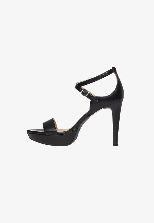 Platform heels - nero