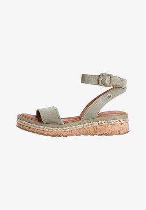 Sandalen met plateauzool - green