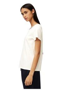 Marc O'Polo DENIM - Basic T-shirt - scandinavian white - 3