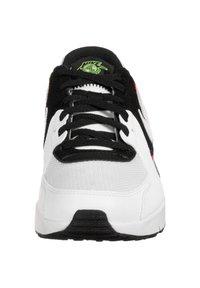 Nike Sportswear - AIR MAX EXCEE - Trainers - white / white / black / flash crimson - 5