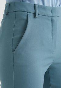 WEEKEND MaxMara - ALCIDE - Kalhoty - azurblau - 3