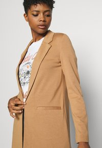 Vero Moda - VMCHLOE LONG BOO - Manteau court - tobacco brown - 3