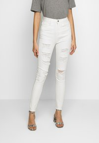Missguided - SINNER EXTREME - Jeans Skinny Fit - white - 0