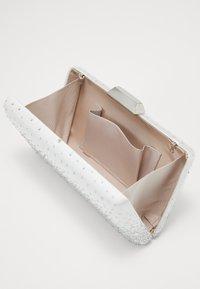 Forever New - RYLIE GRADIENT HEATFIX - Pochette - ivory/silver - 3