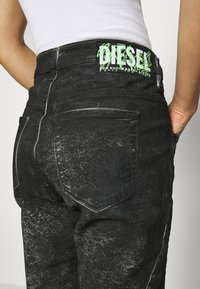 Diesel - D-FAYZA-SP2 - Relaxed fit jeans - washed black - 5