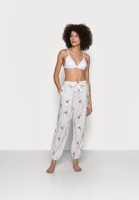 GAP - Pyjama bottoms - grey snow - 1