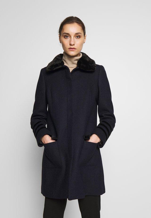 AYANA - Manteau classique - bleu marine