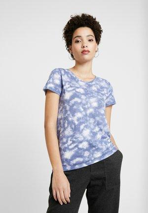 FAV CREW - T-shirt z nadrukiem - blue tie dye