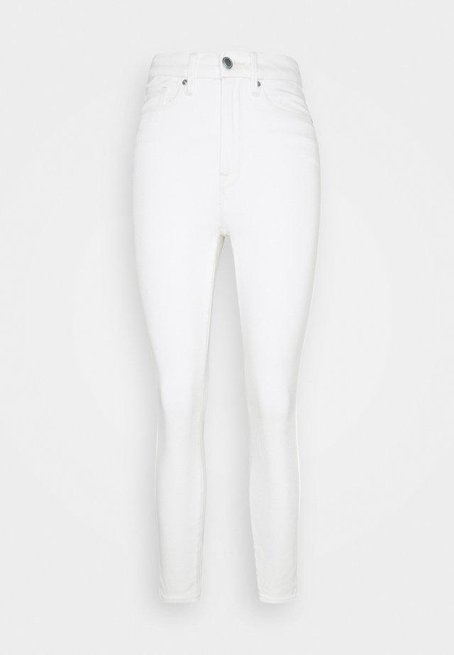 CURVE CROP - Jeans Skinny Fit - ecru