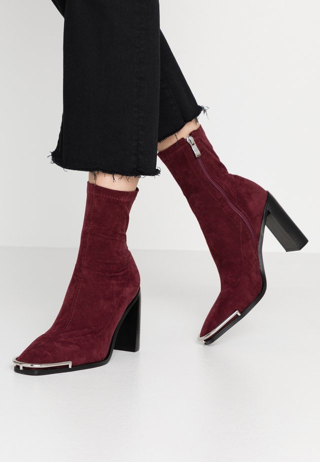 AMERIE - High heeled ankle boots - burgundy