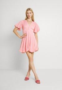 Lace & Beads - EMMA MINI - Denní šaty - pink - 0