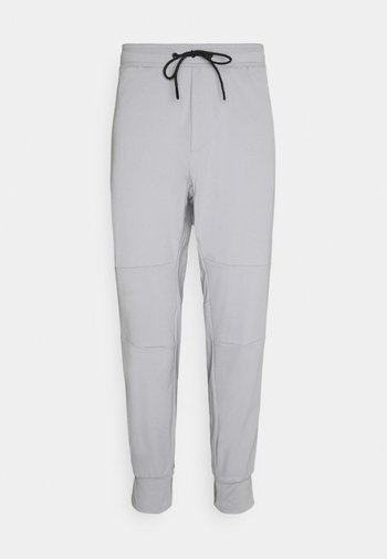 JOGGER  INVISIBLE ZIPPERS