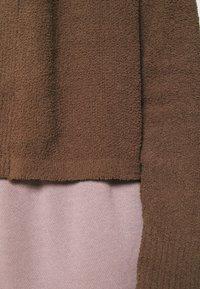 Monki - CORA - Vest - brown - 5