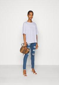Even&Odd Tall - OVERSIZED SLOUCHY TEE - Jednoduché triko - white - 1