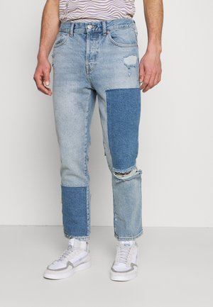 PATCHWORK DAD - Jeans fuselé - blue