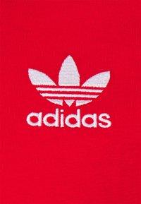 adidas Originals - STRIPES TEE - T-shirt print - red - 2