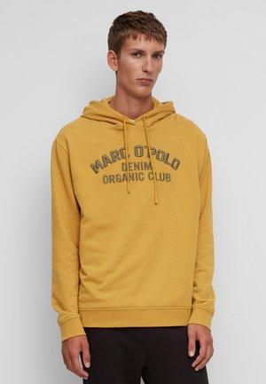 AUS QUALITÄT - Hoodie - yellow