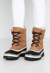 Sorel - CARIBOU - Winter boots - elk - 0