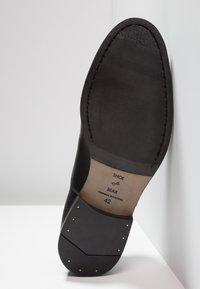 Shoe The Bear - HARRY - Smart lace-ups - black - 4