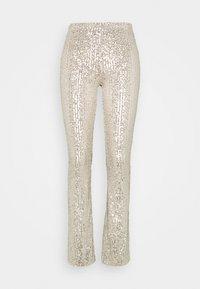 Pieces - PCDELPHIA FLARED PANTS - Pantalon classique - carry over - 0