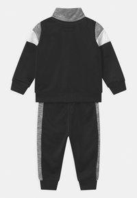 Converse - COLORBLOCK ALLSTAR SET UNISEX - Training jacket - black - 1