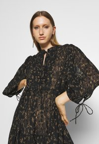DESIGNERS REMIX - KIELY DRESS - Day dress - black/camel - 3